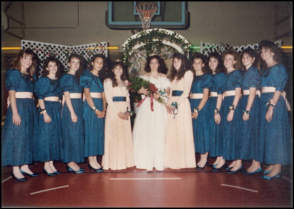 1989 Festival Queen -  Keira Wyman - Bauer    Sidemaids - Nicole Franchi & Tami Wilson