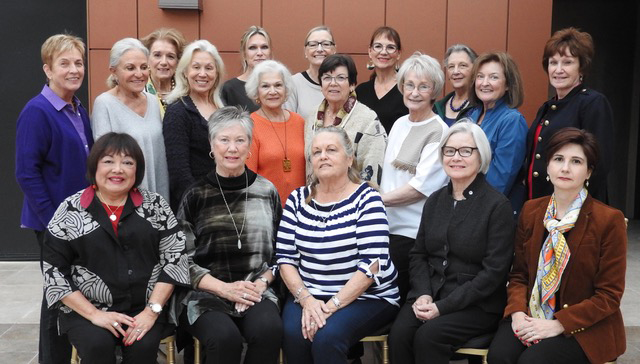 MEMBERS OF THE 2018 HOMES TOUR COMMITTEE   (Front row l-r)  Evelyn Kita, Laura Lamping, Lynne Shelly, Jeanne Henry, Aryan Papoli  (Back rows l-r)  Liz Fitzgerald, Adrienne Short, Astrid Autolitano, Patricia Maurice, Liz Sparkman, Joanne Gladfelter, Kathryn Ettinger, June Romine, Ann Buxton, Gail Johnson, Mary Sheh, Sue Kunoth, Trish Lange.