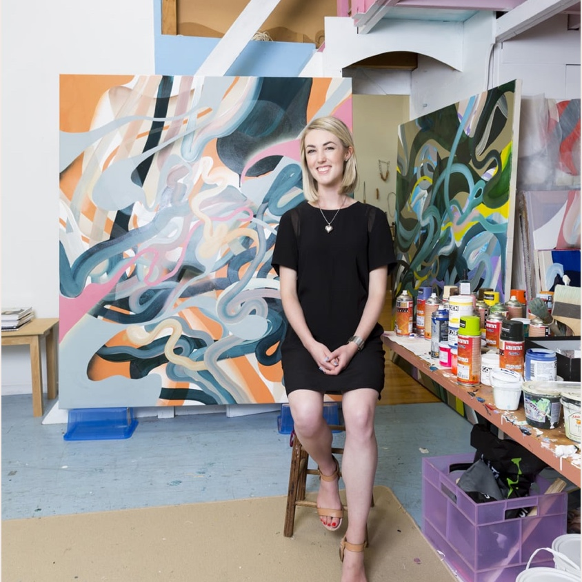 Homestyle: Rolling in the Deep     22 MARCH 2018  Lately, artist Grace Wright has been interested in painting as kind of a spiritual experience, and her large-scale works certainly do urge you to expand your mind…
