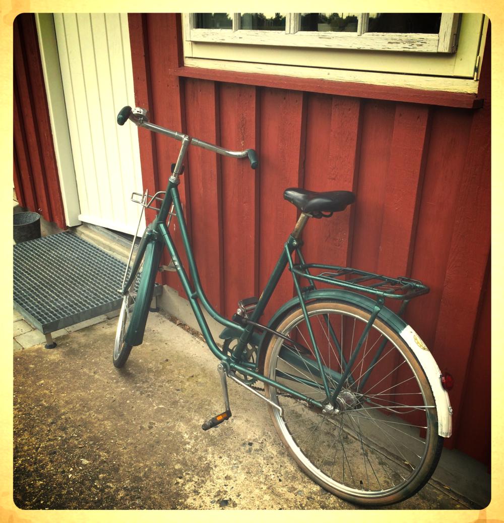 Cyklen er en  BSA , der udover motorcykler også lavede våben .  (Foto: mavesen)