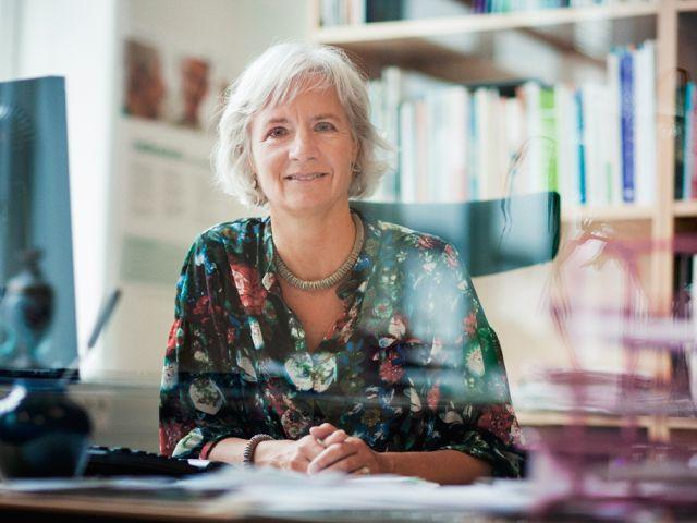 Christine E. Swane er direktør i Ensomme Gamles Værn, og hun er desuden kultursociolog, ph.d.