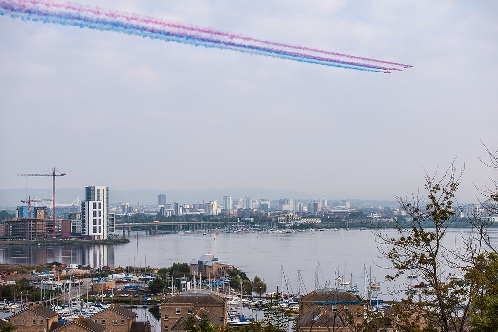 Red-Arrows-Cardiff-Bay%2Bby%2B%40Mattcantt%2Bjpg.jpg