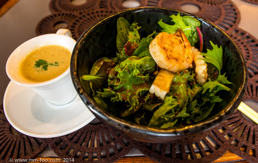 1/13 sec, 12mm, f/4.0, ISO800. Warm Prawn and Squid Salad with Cauliflower soup.