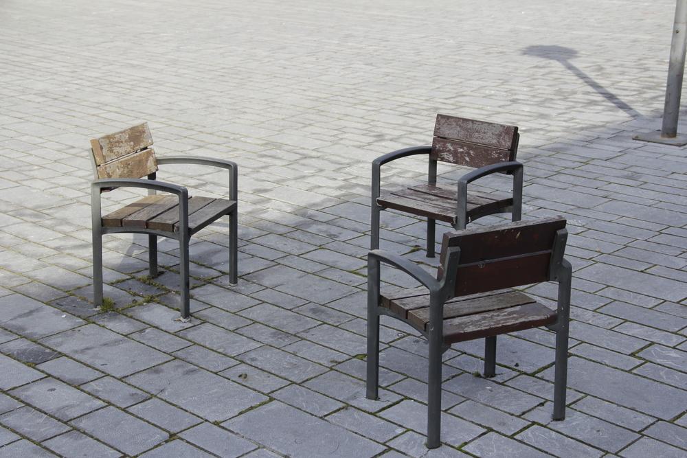 Mobiliario urbano del entorno del LAVA