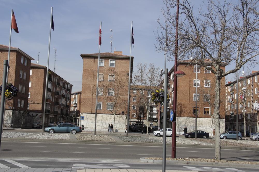 """Edificios del Instituto Nacional de la Vivienda inaugurados en 1959 que constituyeron el Barrio """"4 de Marzo""""."""