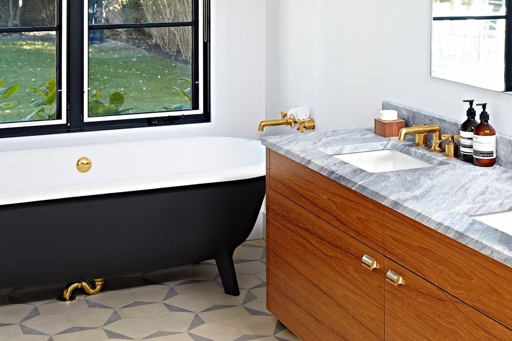 east-hampton-villa-bathroom.jpg