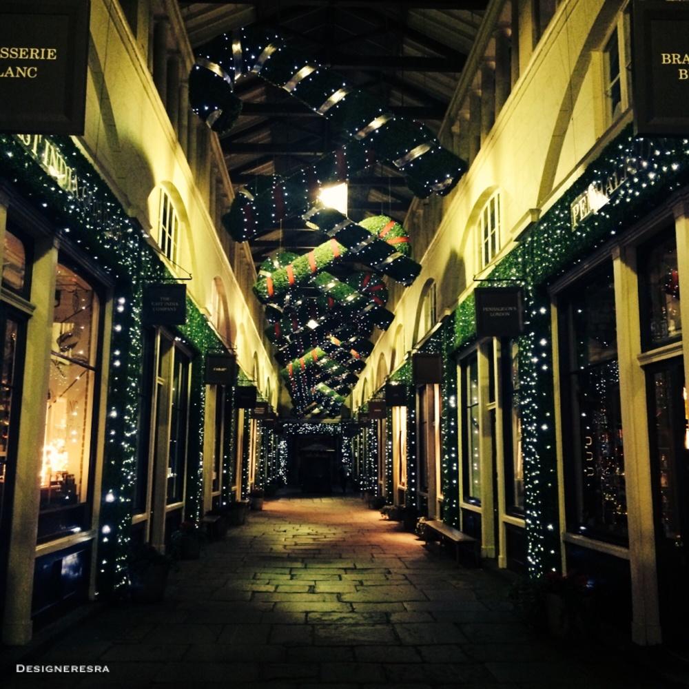 London Christmas Decor