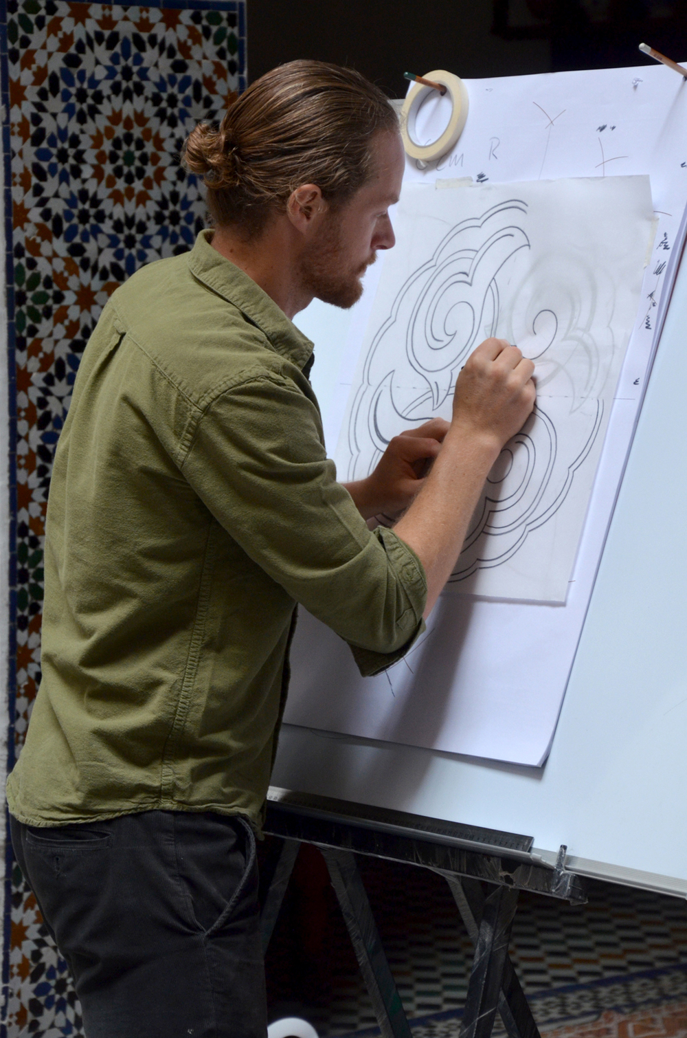 Adam teaching us one of the biomorphic patterns  Photo Taken by  the Art of Islamic Pattern