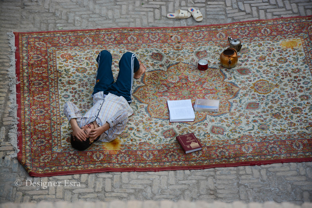 One of the students in the Agha Bozorg Madrasa in Kashan, Iran