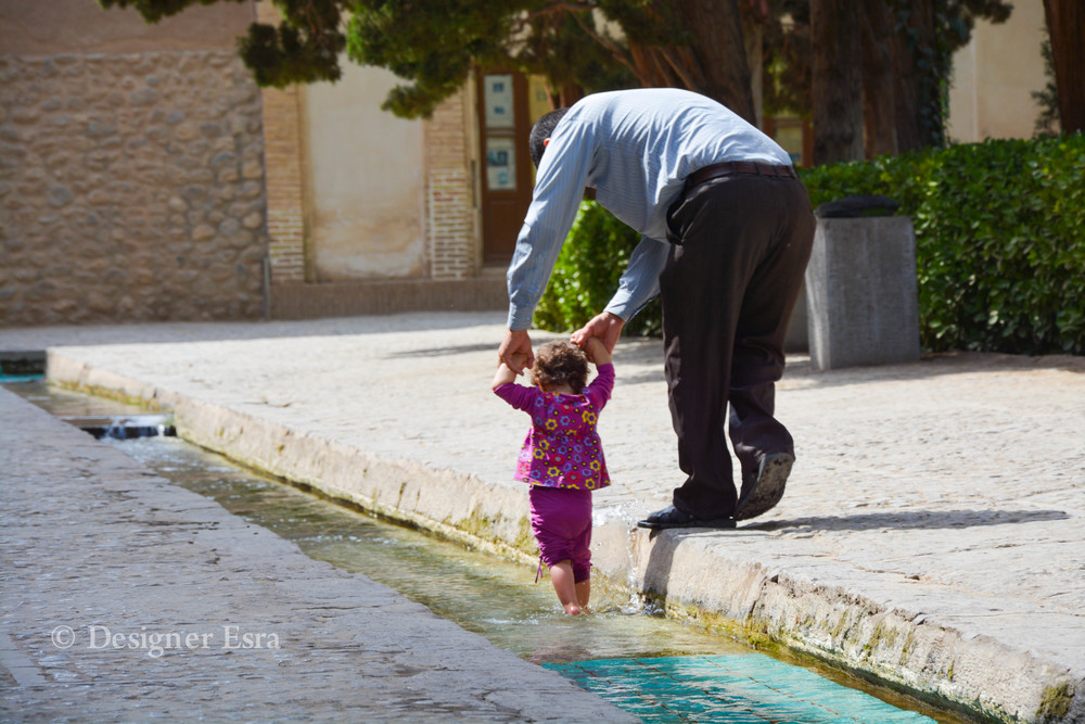 Children loved the water in the Fin Garden in Kashan