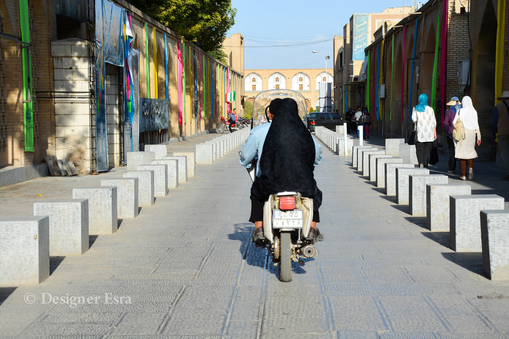 Motorcycles is one of the most common transports in Iran & I loved seeing it around