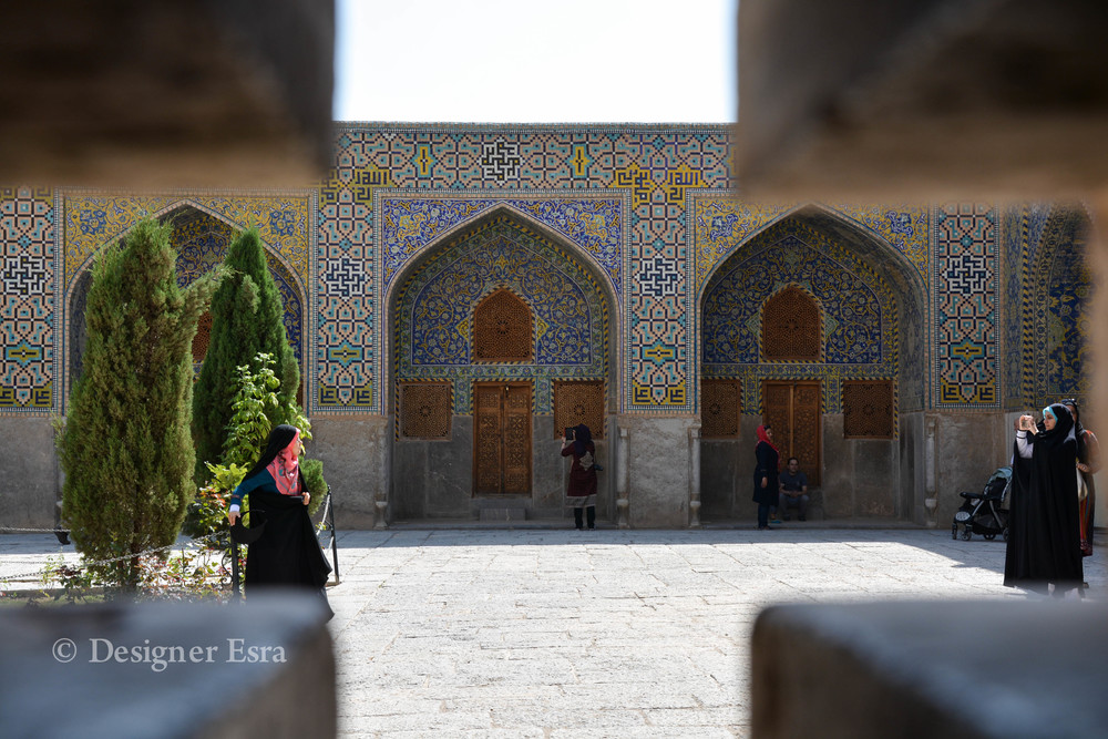 Photoshoot in Shah/Imami Mosque in Esfahan