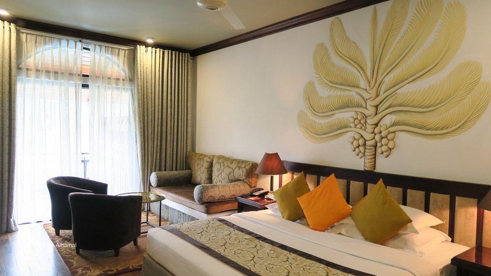 غرفة النوم في فندق إيرلز ريجنسي
