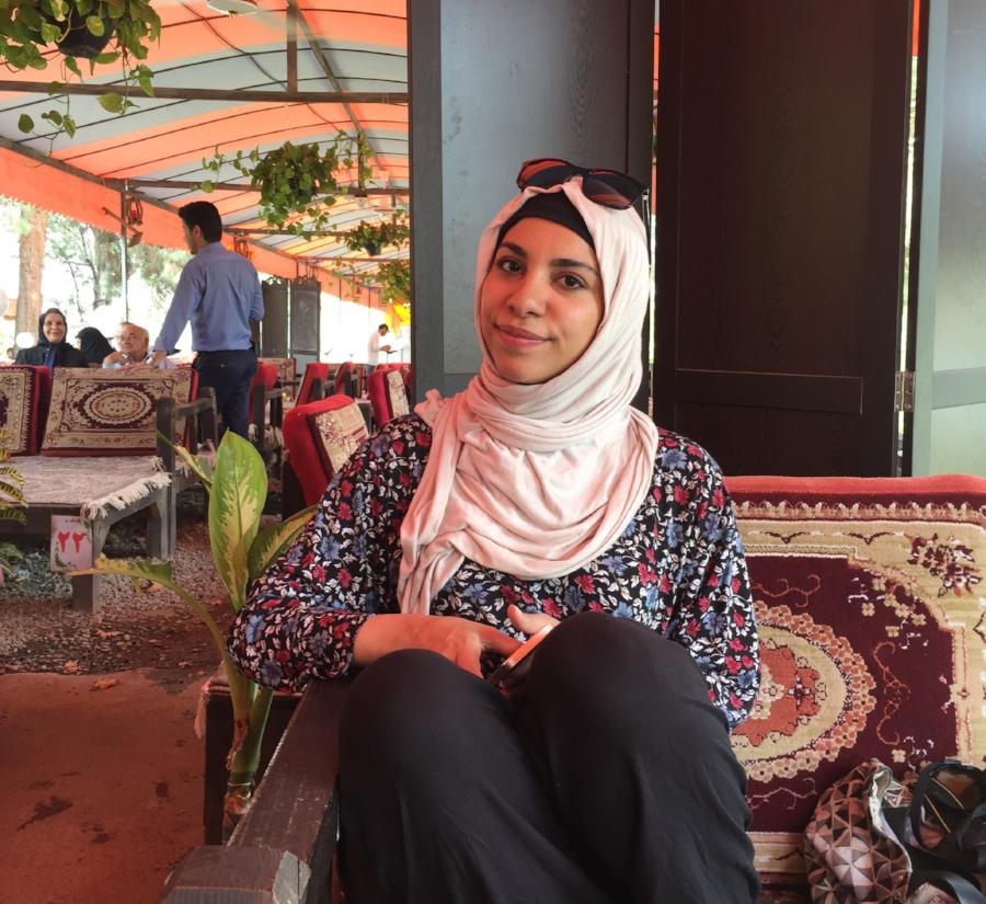 How women dress in Iran