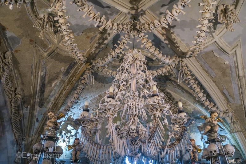كنيسة الهياكل العظمية والجماجم في التشيك