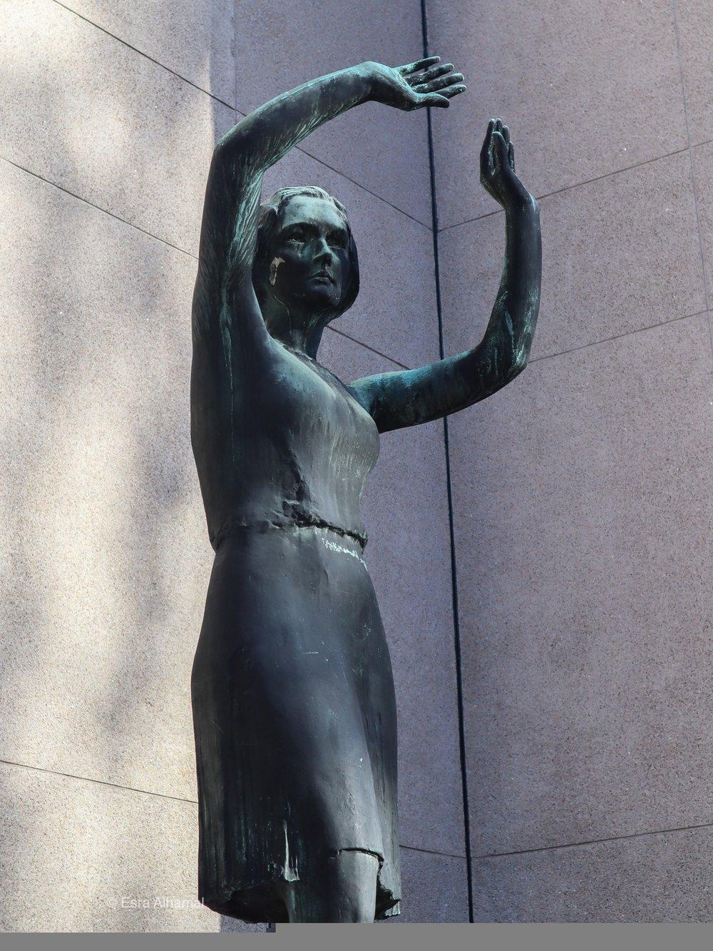 Finish Statue
