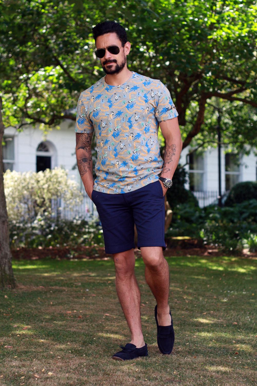 smart shorts floral prints men 39 s style blog. Black Bedroom Furniture Sets. Home Design Ideas