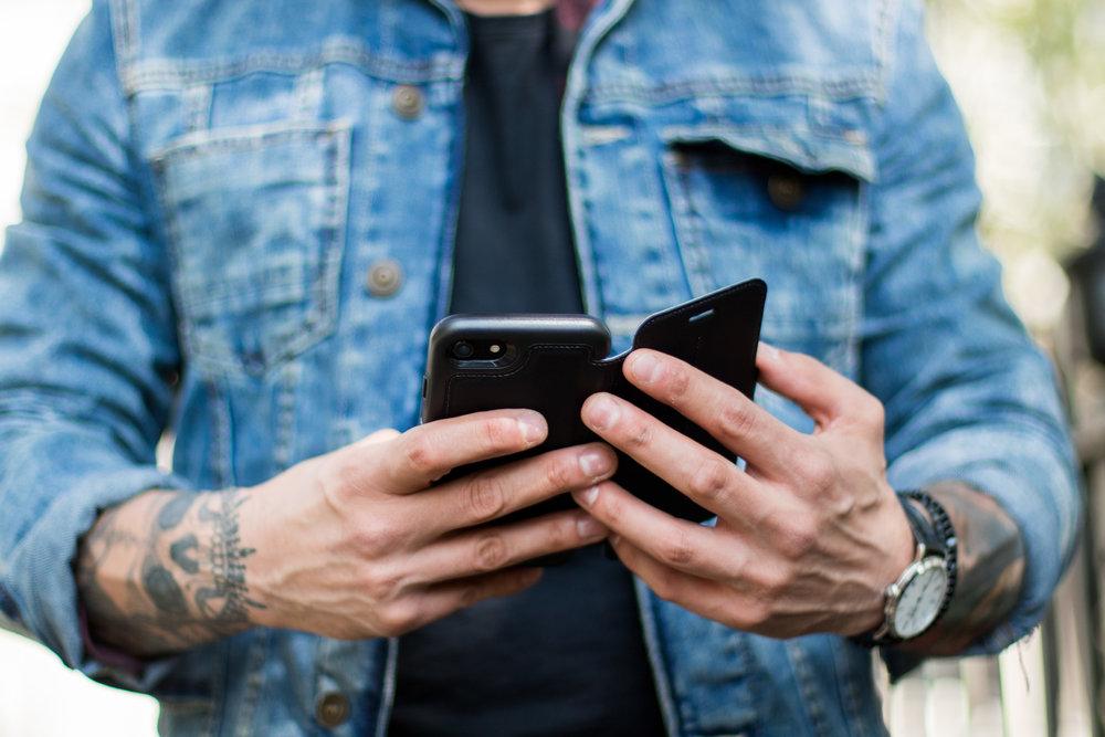 OtterBox iPhone 7 Premium Leather Folio Case