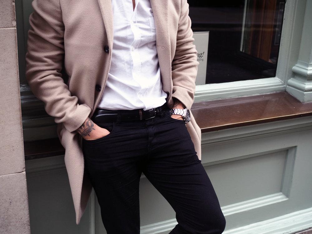 Carl Detail Outfit.jpg