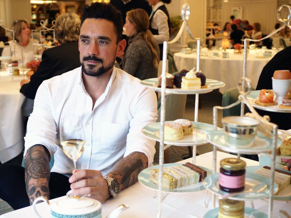 Carl Thompson Afternoon Tea Style.jpg