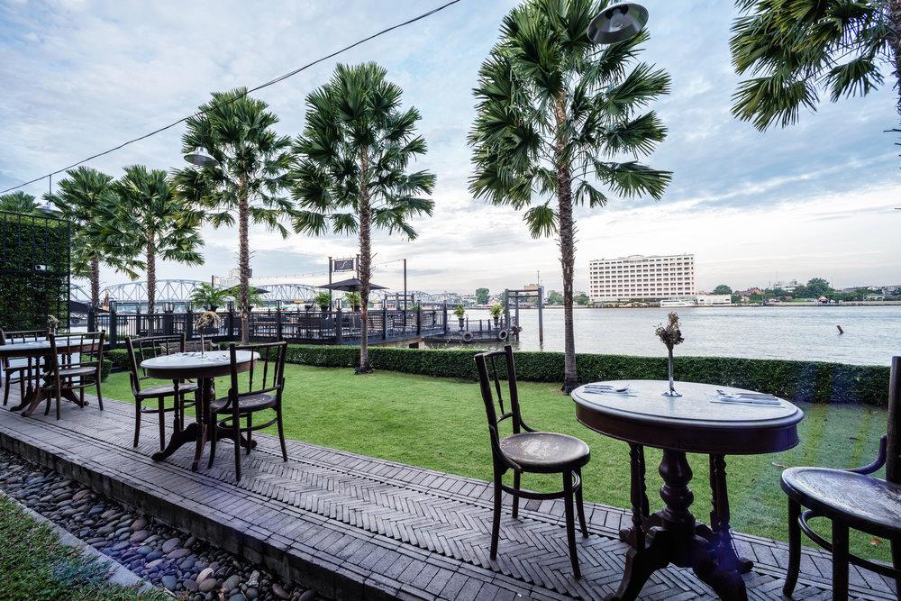 The Siam. Chon Thai Restaurant - Lawn 1.jpg