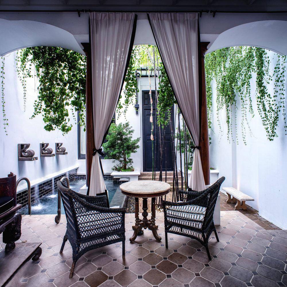 The Siam. Pool Villa - Outdoor Living Space 1.jpg
