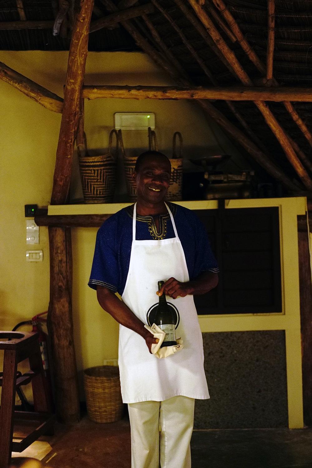 Essque Zalu Zanzibar Soloman Waiter.jpg