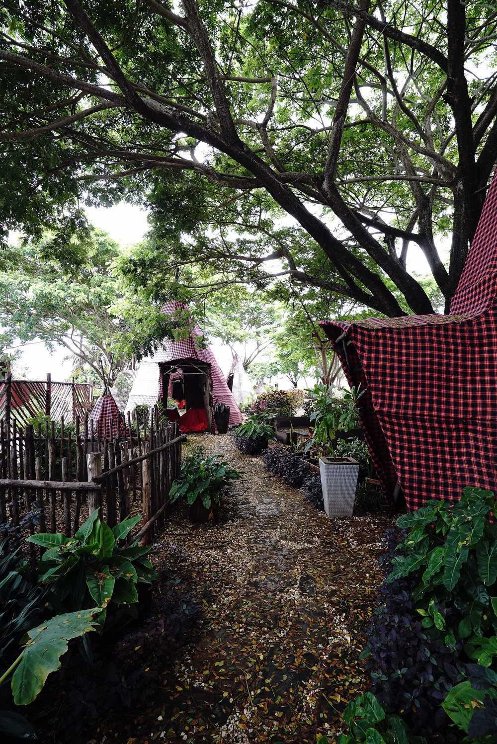 Essque Zalu Zanzibar Ritual Tents.jpg
