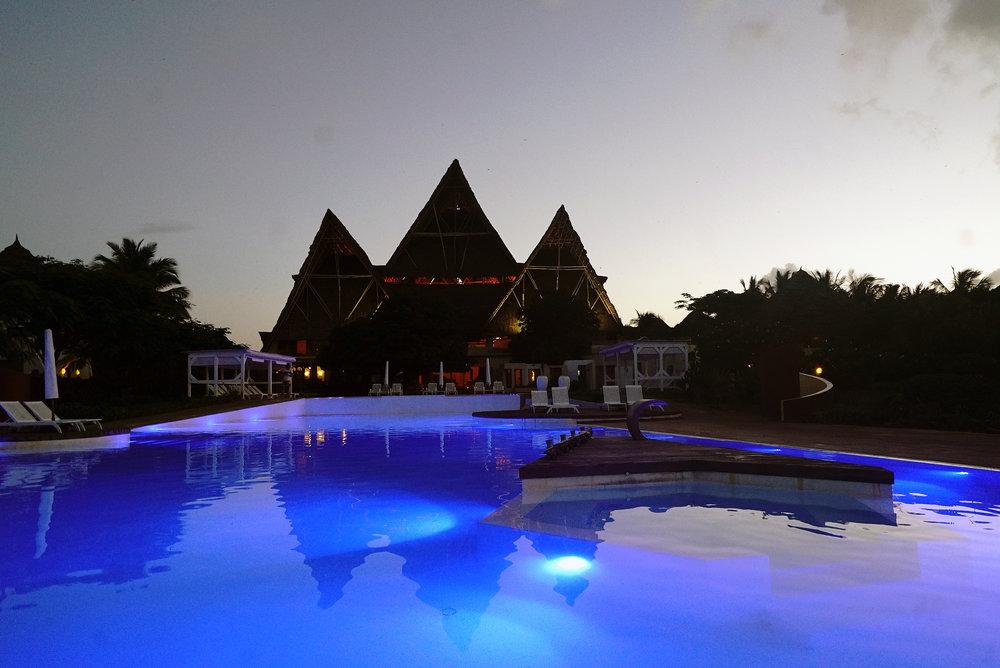Essque Zalu Zanzibar Swimming Pool.jpg