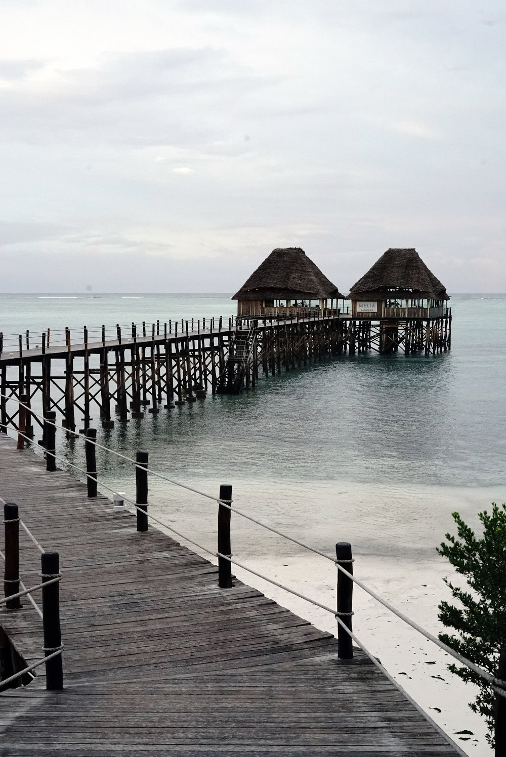 Jetty to Restaurant.jpg