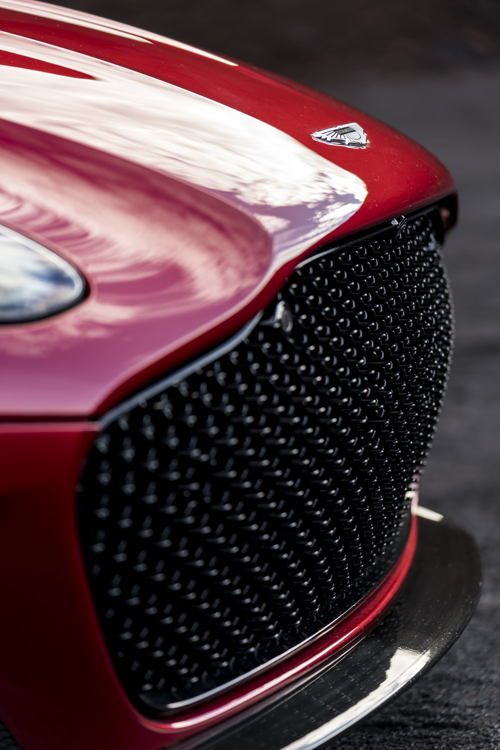 DBS Superleggera (14).jpg