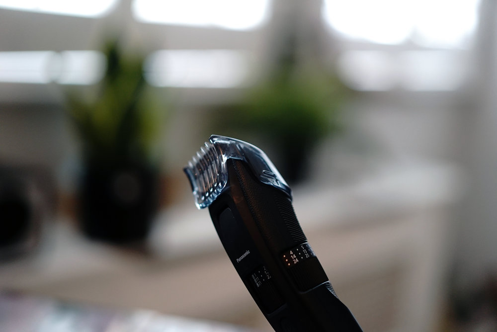 The Panasonic ER-GB86 Guard Clipped on.jpg