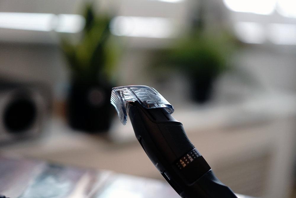 The Panasonic ER-GB86 Putting guard on.jpg