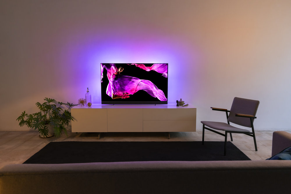 Philips TV & B&W 4.jpg