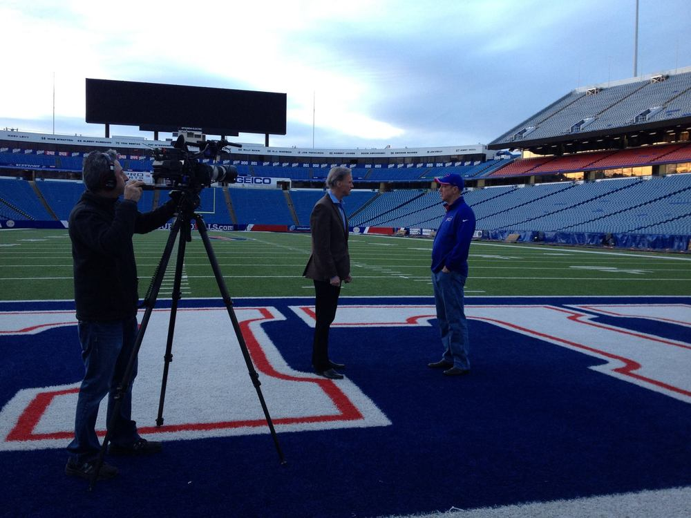 Jim Kelly filming an episode of  The Game 365.