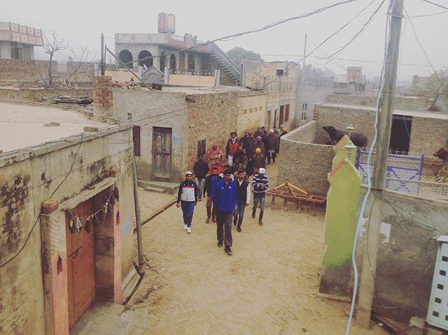 Satnam Singh in his home village during filming of the @netflix doc One in a Billion. #india #nba #ballislife #satnam #documentaryfilm #setlife #film