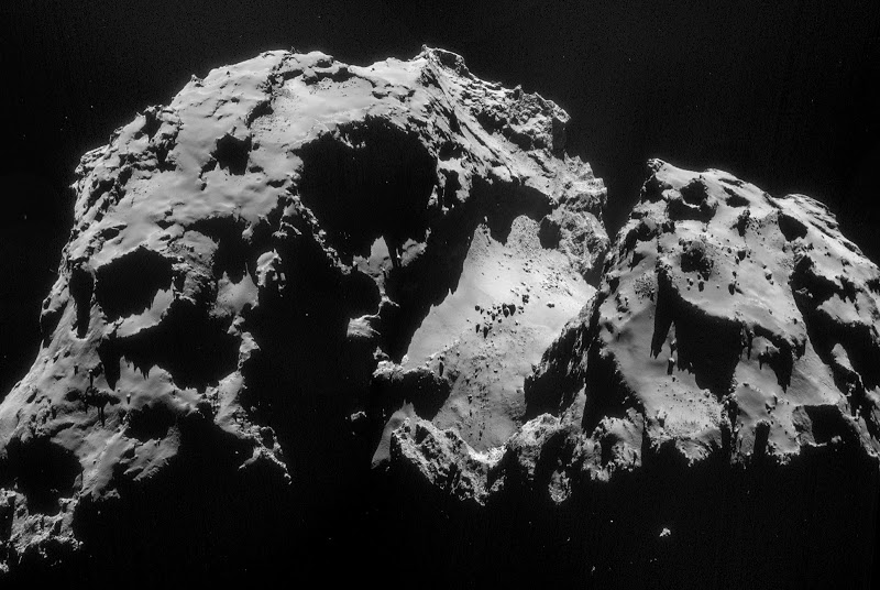 Europeans successfully land on Comet 67P/Churyumov-Gerasimenko in 2014