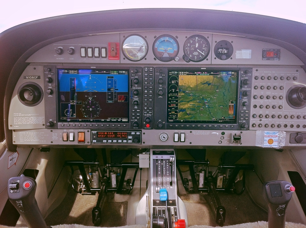 N108CF - Panel.jpg