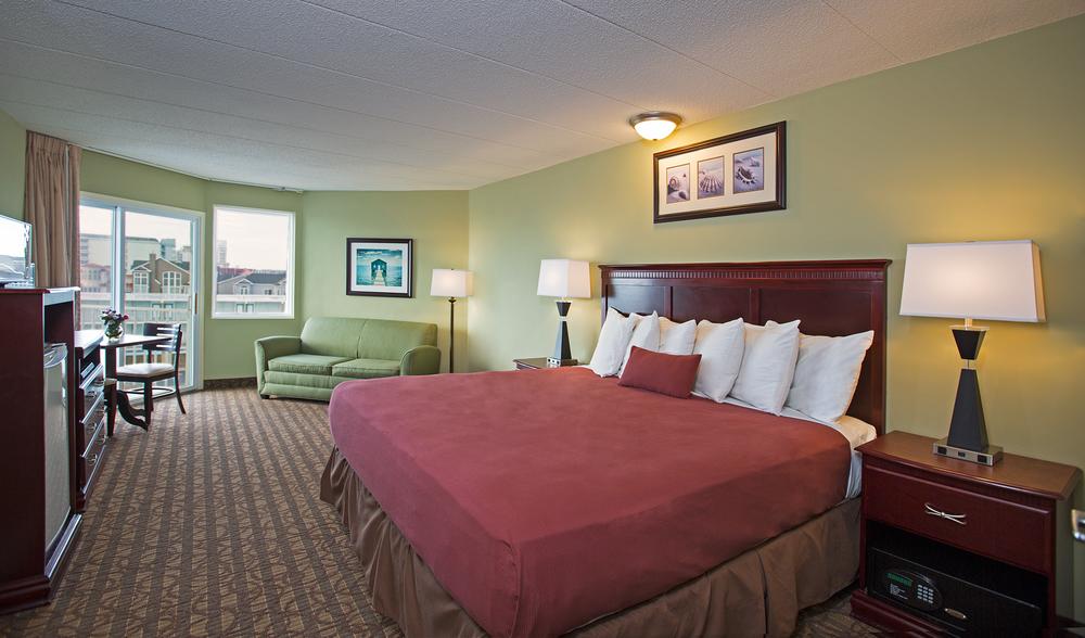 Coronado_Room_85A1414_b.png