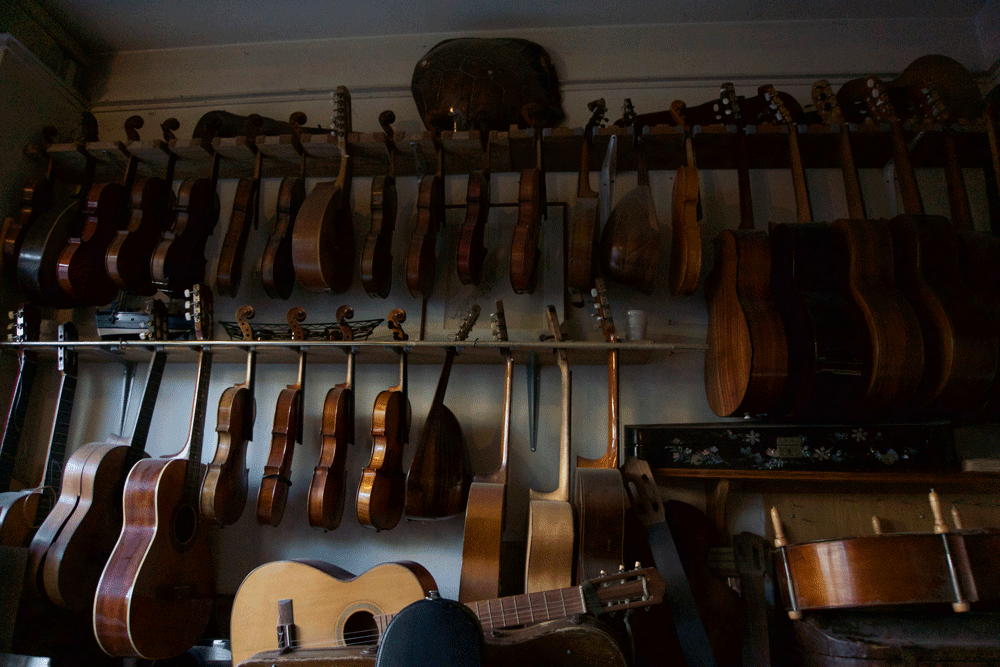 Pierre Testa Luthier |Violins + Bows  | HANDMADE IN PARIS