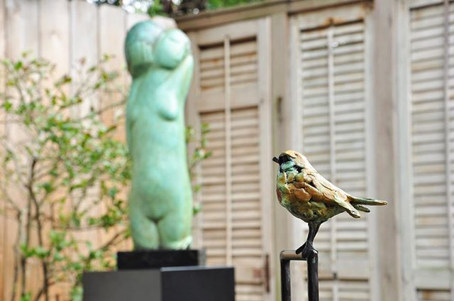 Jacqueline van der Laan. Single #sparrow. #Dutch #bronze with green/brown #patina #sculpture #artoftheday