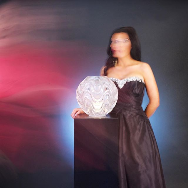#Mystique of the Lady + #Lalique. Lalique Vibration Vase ✨ #goodvibrations #elandujour