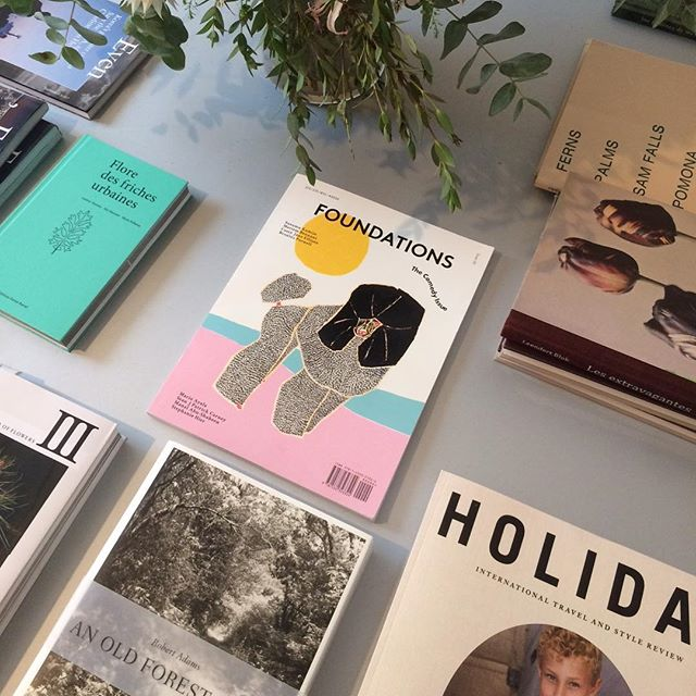Issue 5 now available in Paris @librairieyvonlambert !!!