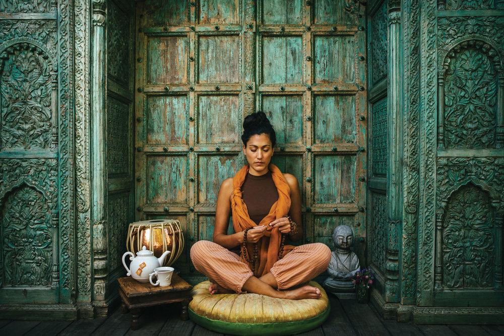 deepi-ahluwalia-organic-india-1.jpg
