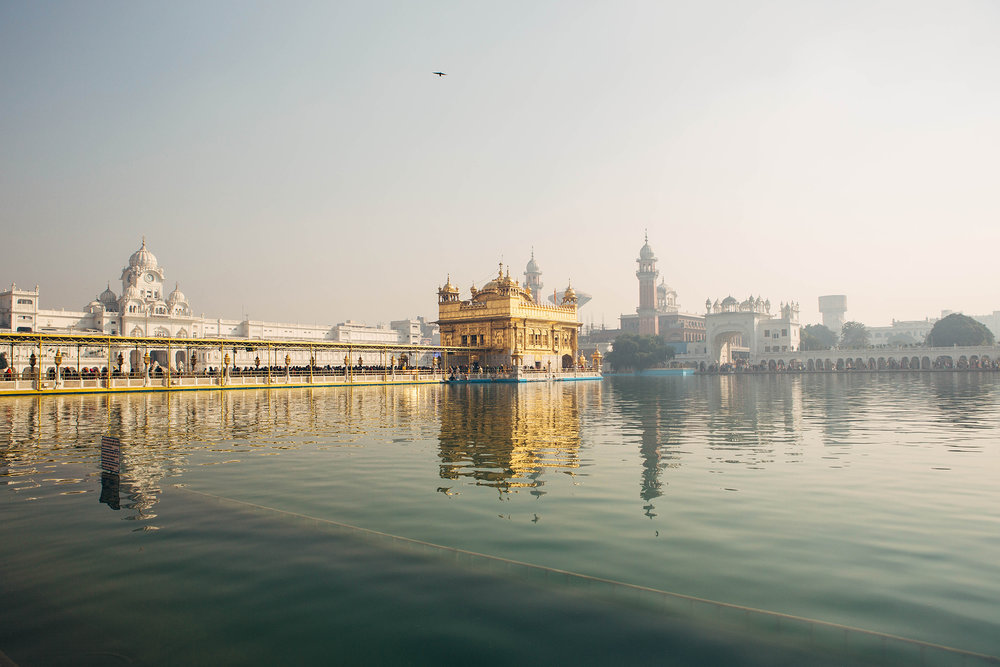 DEEPI AHLUWALIA LIFE & THYME / GOLDEN TEMPLE    Editorial