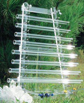 Crystal Harp. Photo from http://www.harpedecristal.ch