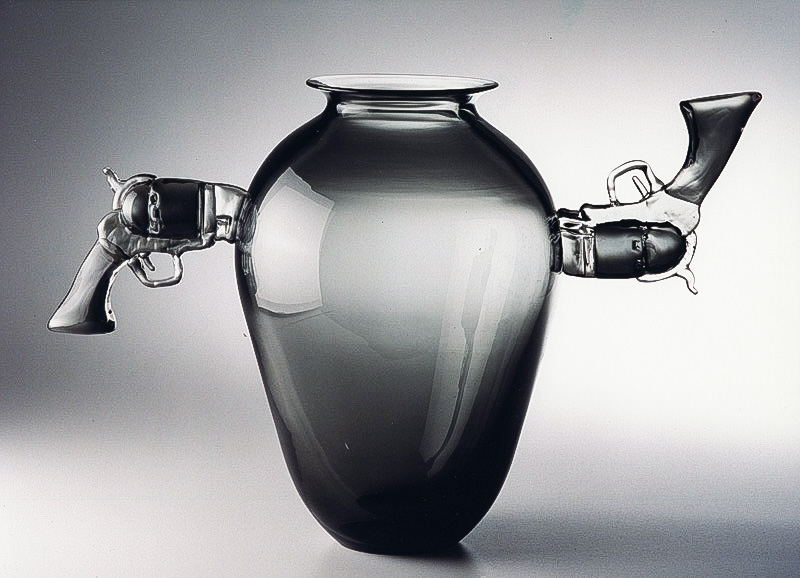 "Double Pistols, 2001 Glass Sculpture  17x22""/ 40x55 cm"