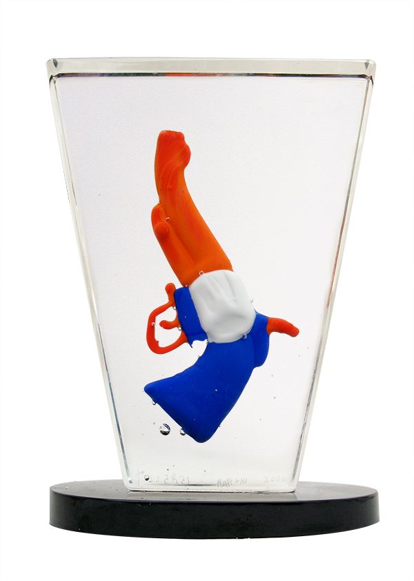 Quasi Americano, Handmade glass sculpture 11x9x3 in/ 28x23x8