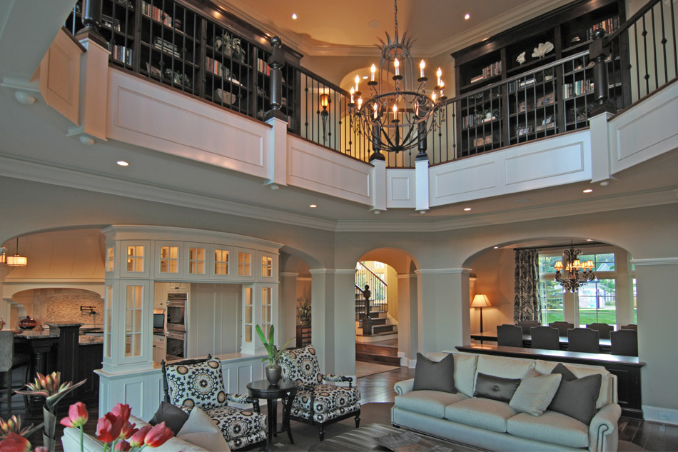 2012LuxuryHomeTour-GreatRoom2.jpg