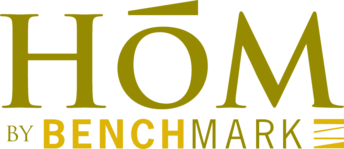 HÓM BY BENCHMARK